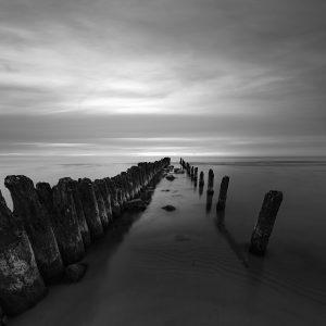 morze bałtyckie fotografia czarno biała